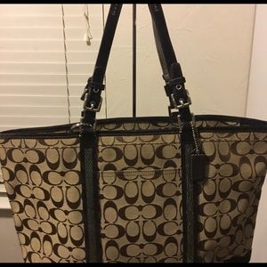 Coach beautiful brown Tote pre-loved